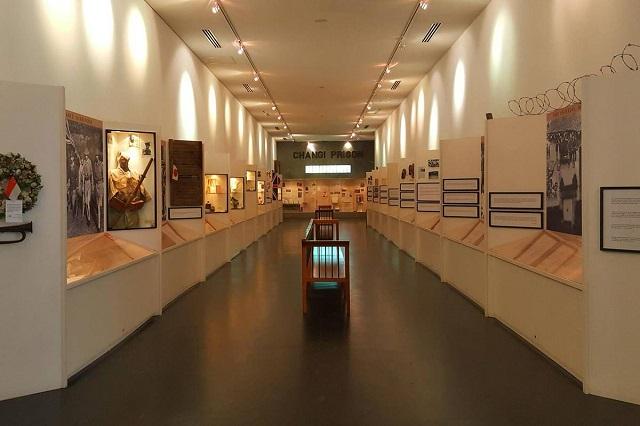 Không gian và hiện vật bên trong bảo tàng Changi