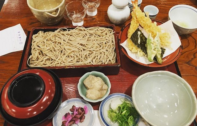 """""""Đột nhập"""" tiệm mì soba chuyên phục vụ hoàng gia Nhật Bản"""