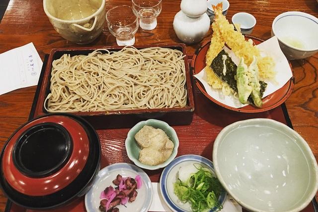 Honke Owariya, nơi thưởng thức mì soba đúng điệu ở Kyoto