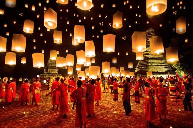 Loy Krathong, lễ hội ánh sáng đẹp nhất ở Thái Lan