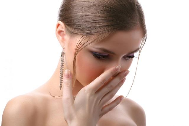 Mùi hôi ở vùng kín cũng là dấu hiệu cho thấy sức khỏe chị em phụ nữ đang có vấn đề