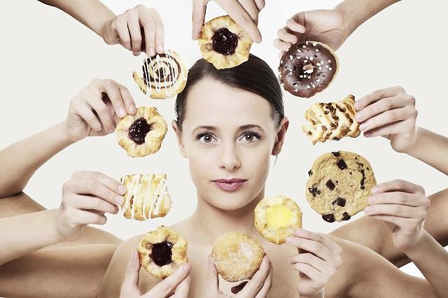 Nếu muốn khỏe đẹp thì bạn nên hạn chế dùng thực phẩm chứa nhiều đường