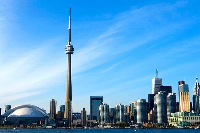 Thành phố Toronto xinh đẹp luôn mời gọi du khách