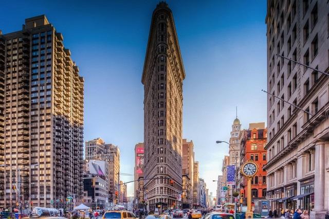 Flatiron tòa nhà chọc trời đầu tiên của New York