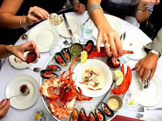 Nếu yêu thích hải sản, Blue Water Grill là điểm đến tuyệt vời ở New York