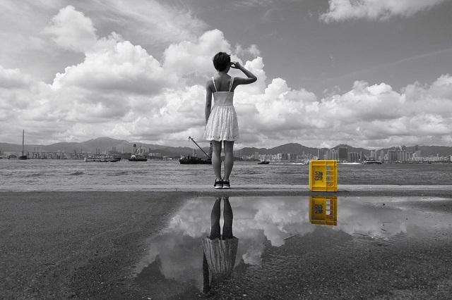 Dù ngày nắng hay ngày mưa bến tàu vận chuyển Sai Wan vẫn là địa điểm chụp ảnh lý tưởng của các bạn trẻ