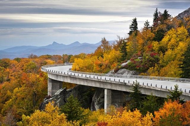 những địa danh ngắm cảnh mùa thu nước Mỹ đẹp mê ly